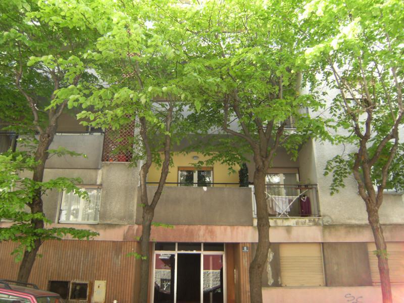 Appartamento in buone condizioni in affitto Rif. 11651175