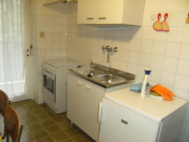 Appartamento in buone condizioni in affitto Rif. 11651177