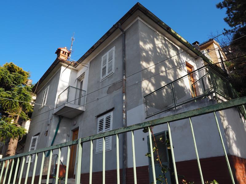 Appartamento in vendita a Trieste, 3 locali, prezzo € 108.000 | PortaleAgenzieImmobiliari.it