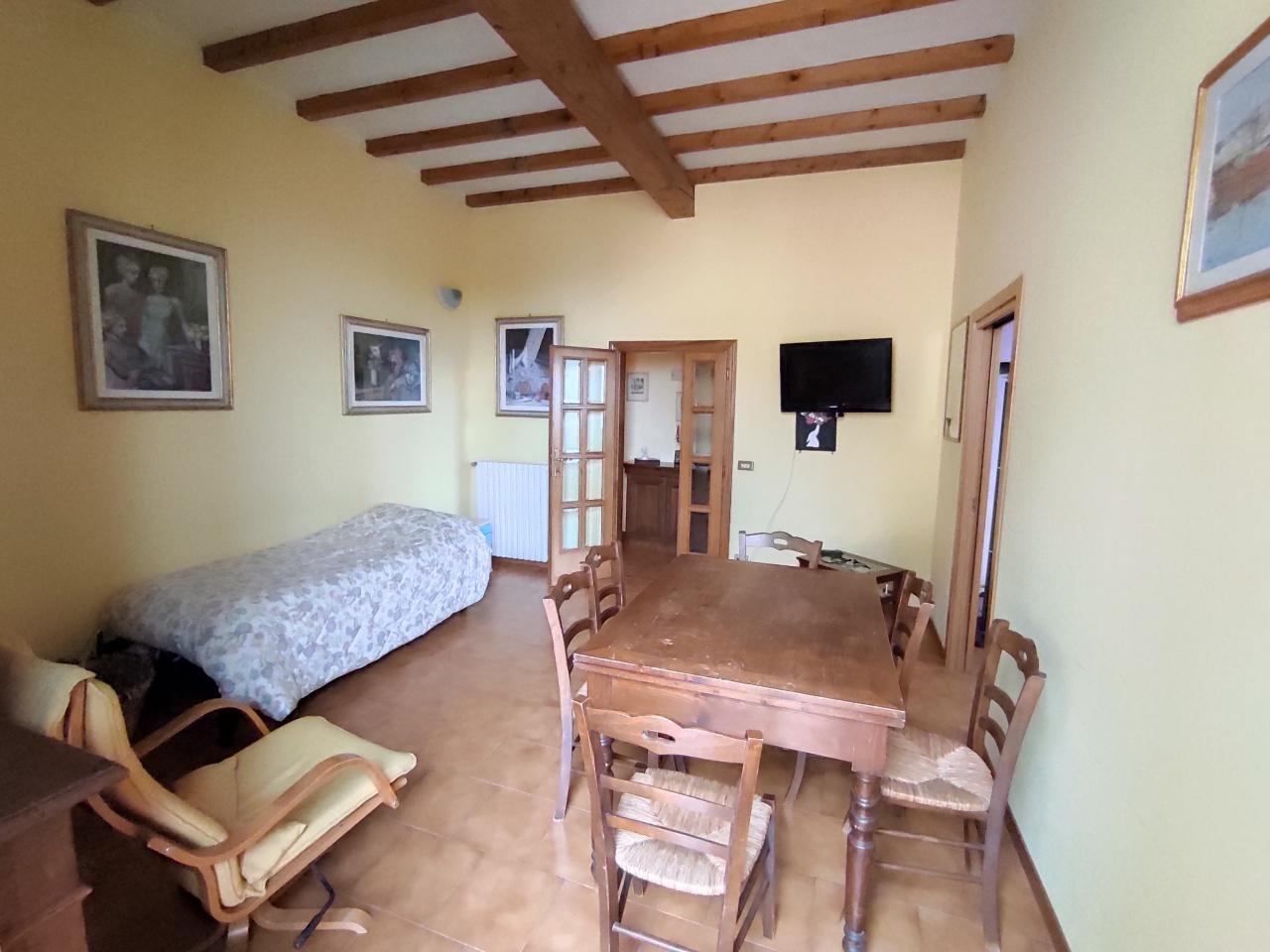 Appartamento in vendita a Impruneta, 6 locali, prezzo € 310.000 | PortaleAgenzieImmobiliari.it