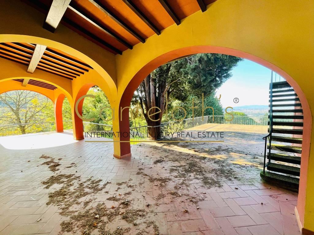 Villa Eqi9