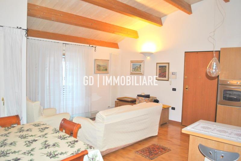 Attico / Mansarda in vendita a Montebelluna, 3 locali, prezzo € 195.000   PortaleAgenzieImmobiliari.it