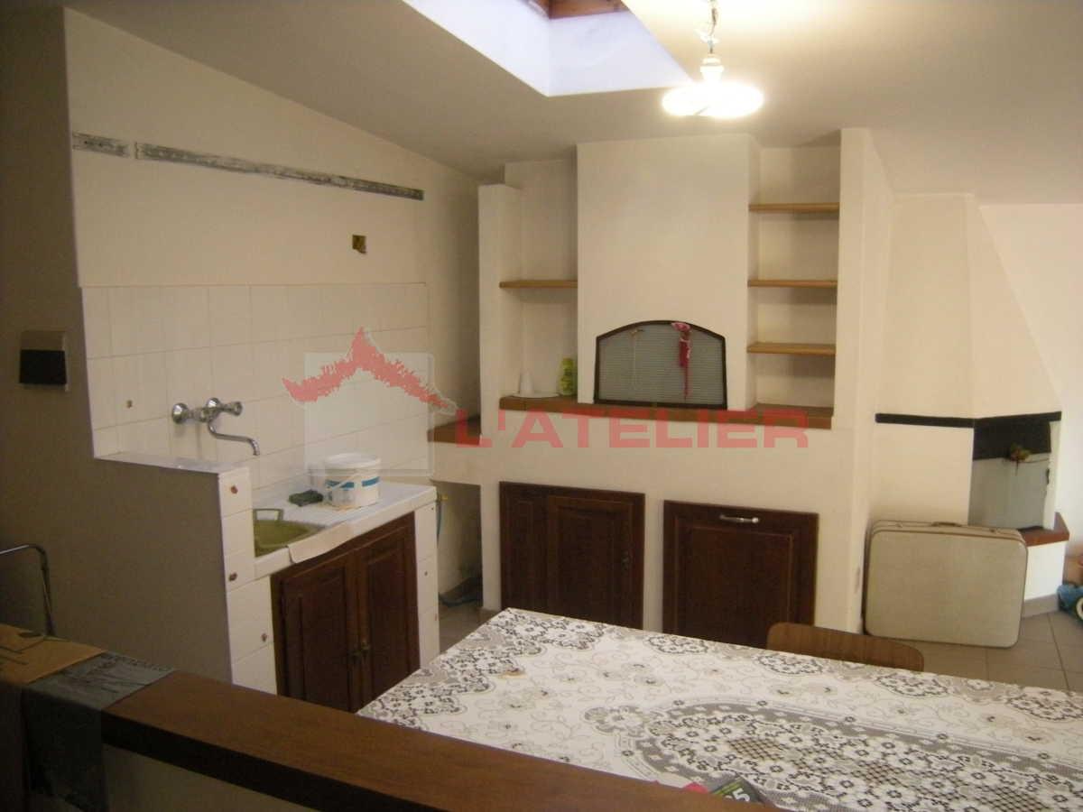 Appartamento in vendita a Civitella in Val di Chiana, 8 locali, prezzo € 310.000   PortaleAgenzieImmobiliari.it