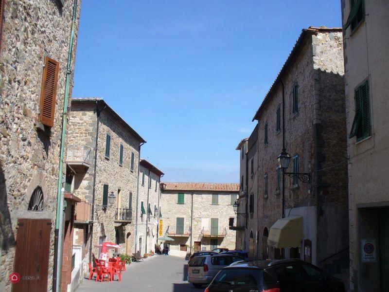 Appartamento 6 locali in vendita a Castelnuovo di Val di Cecina (PI)