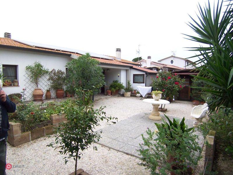 Casa indipendente 6 locali in vendita a Campiglia Marittima (LI)
