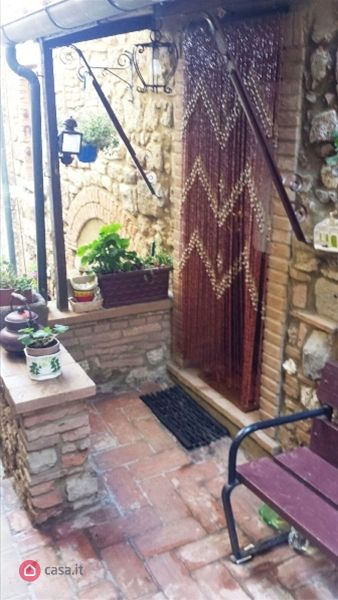 Appartamento trilocale in vendita a Montecatini Val di Cecina (PI)