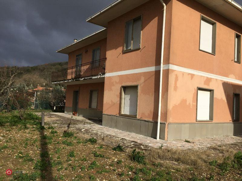 Casa indipendente in vendita a Monteverdi Marittimo (PI)