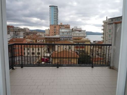 Attico / Mansarda in vendita a Follonica, 6 locali, prezzo € 270.000 | PortaleAgenzieImmobiliari.it