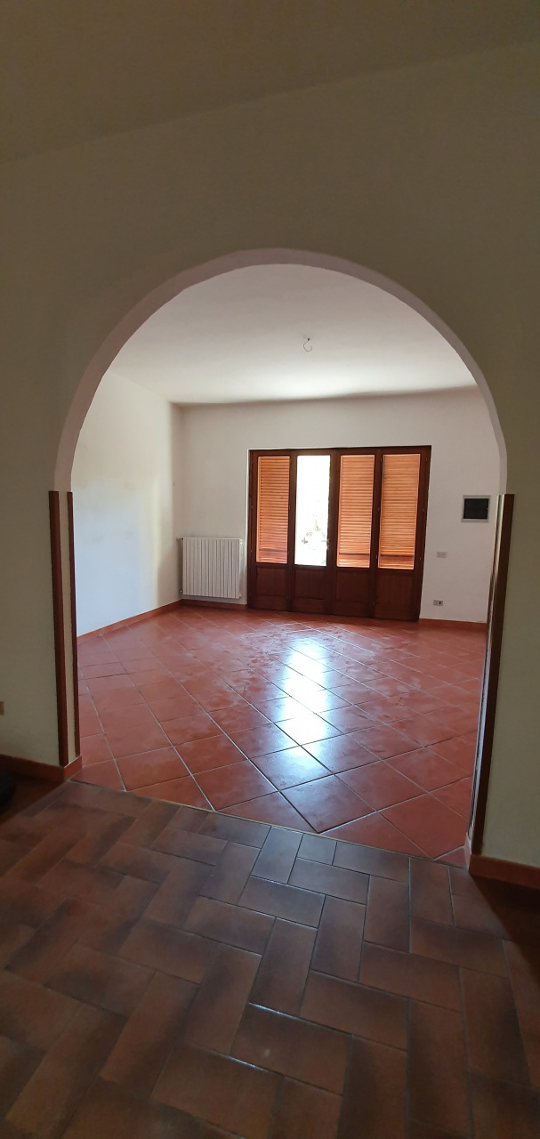 Appartamento PESCIA R003