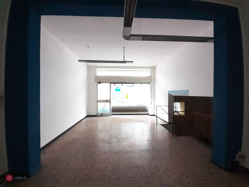 Locale Commerciale COMO A01005